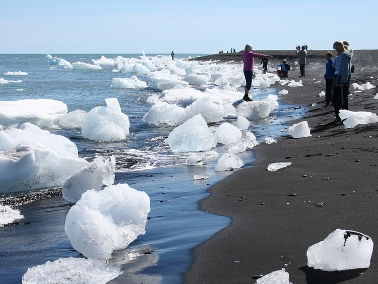 Jokulsarlon which is a top destination for travelers in Iceland